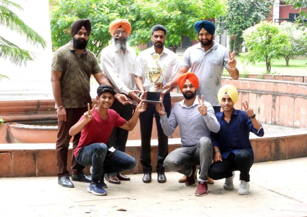 Squash Racket Champion Team1